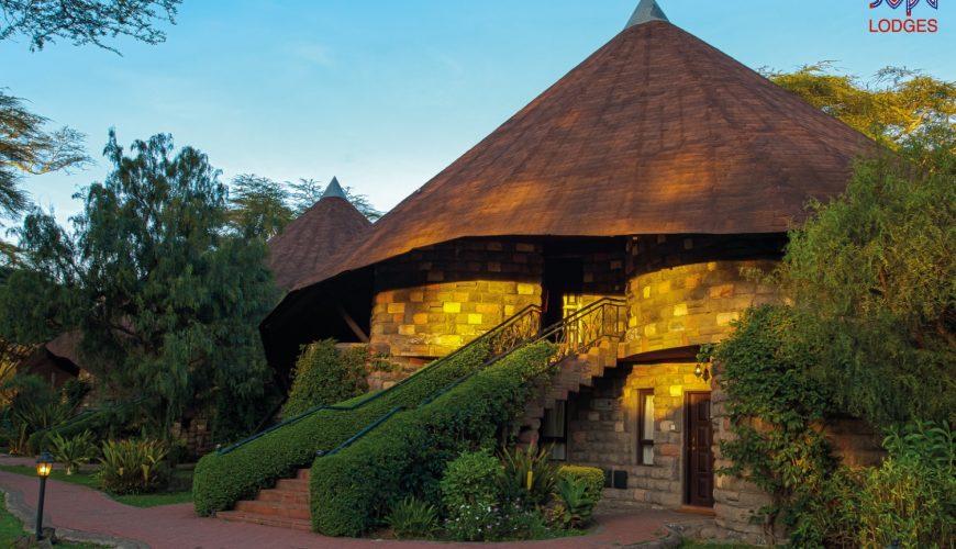 4 days Luxury lodge safari
